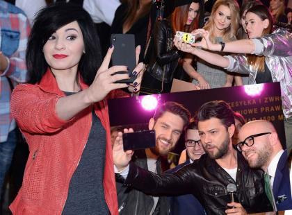 Gwiazdy kochają robić sobie selfie!