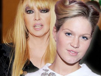 Gwiazdy na wernisażu VIVA! Photo Awards 2012 - makijaże i fryzury