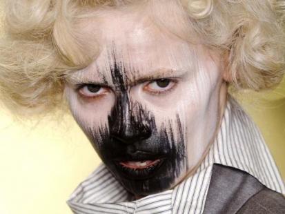 Halloween 2011: makijaże i fryzury