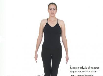 Hatha joga – pozycje stojące [trening]