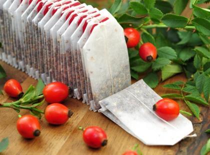 Herbata ziołowa w saszetkach - jaką mieszankę warto kupić?