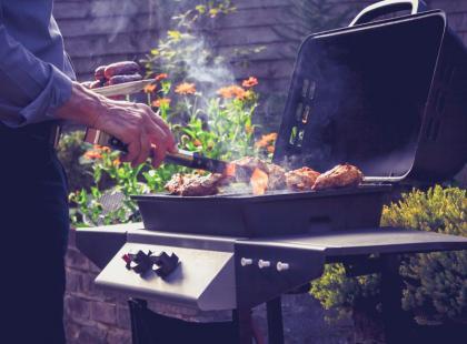 Hit! Prawie 250 pomysłów na dania z grilla!