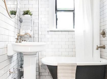 Hity z Instagrama: 11 pomysłów na małą łazienkę