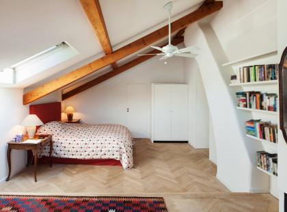Hity z Instagrama: 7 pomysłów na sypialnię na poddaszu