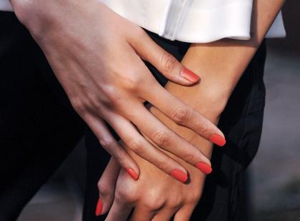 Hity z Instagrama: 8 najładniejszych manicure na ślub