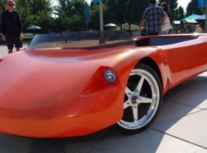 HumanCar – samochód napędzany ludzkimi mięśniami