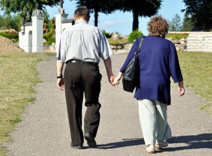 """""""...i że cię nie opuszczę aż do śmierci"""". Jak szczęśliwie żyć ze sobą 50 lat i dłużej?"""