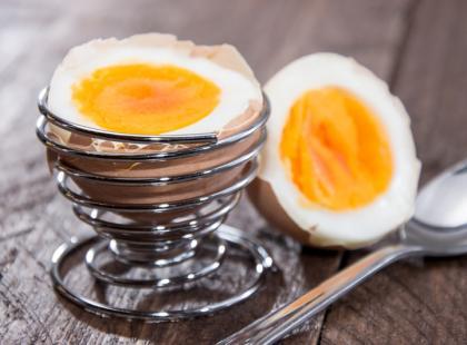 Ile gotować na jajka: na miękko i na twardo