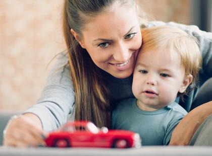 Ile kosztuje niania? Jak wybrać najlepszą opiekunkę do dziecka?