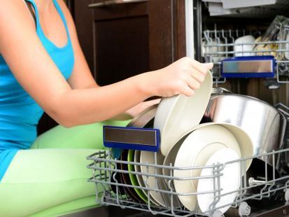 Ile oszczędzisz, korzystając ze zmywarki?