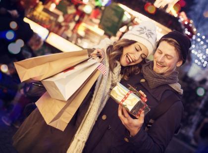 Ile Polacy wydają na zakupy świąteczne? Jak się okazuje, wcale nie tak mało!
