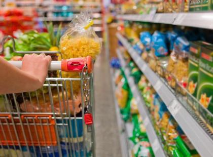 Ile soli mają gotowe produkty żywnościowe?