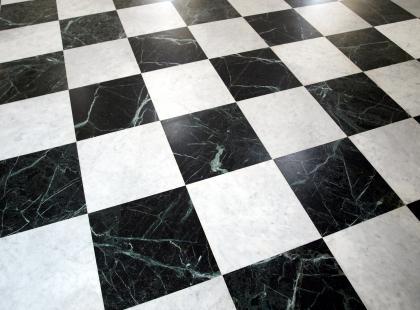 Imitacja marmuru w decoupage'u – krok po kroku