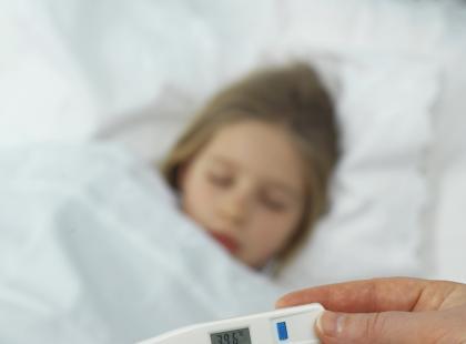 Infekcyjne zapalenie płuc u dzieci - jakie są objawy?