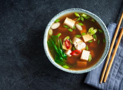 Interesuje cię jedyny prawdziwy przepis na tradycyjna zupę miso? Najlepsza receptura z Tokio!