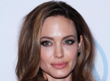 Iść drogą Angeliny Jolie?