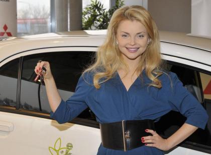 Iza Miko dostała samochód elektryczny