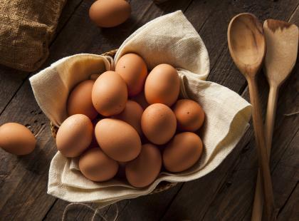 Jaja ekologiczne czy fermowe – które są zdrowsze?