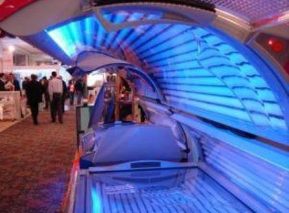 Jak bezpiecznie opalać się w solarium?
