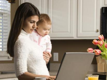 Jak bezpiecznie pracować z domu