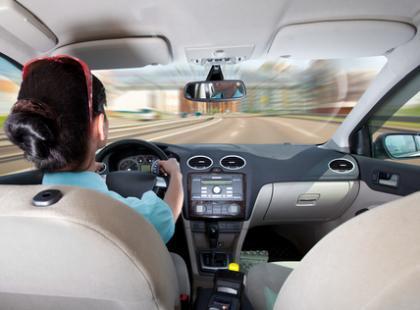 Jak chronić wzrok w czasie jazdy samochodem?