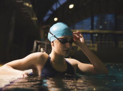 Jak ćwiczyć na basenie?