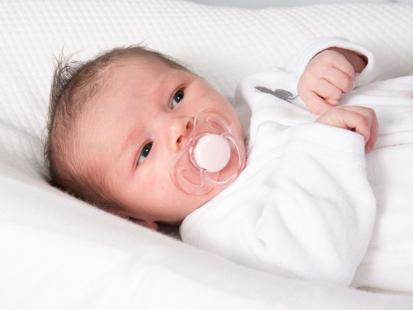 Jak często należy karmić noworodka?