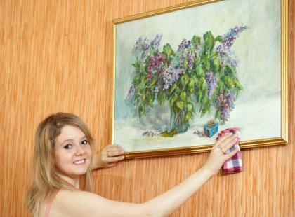 Jak czyścić ramy obrazów - 3 szybkie porady