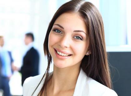 Jak dbać o cerę w biurze?