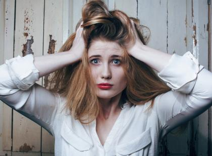 Jak dbać o włosy i skórę głowy przy łojotokowym zapaleniu skóry?