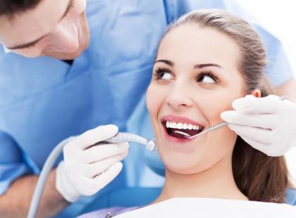 Jak dbać o zęby przy cukrzycy?