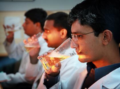 Jak degustować piwo? Tajemnice pracy sensoryka