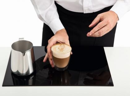 Jak dekorować kawę?