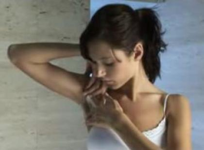 Jak depilować pachy (video)