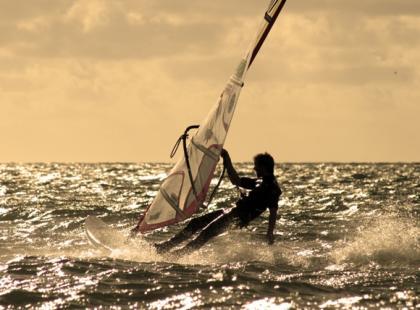 Jak dobrać maszt do windsurfingu?