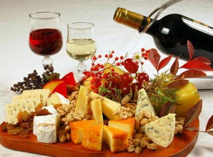Jak dobrać wino do sera? - krótki poradnik
