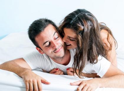 Jak dotykać partnera? Gra wstępna w 5 krokach!