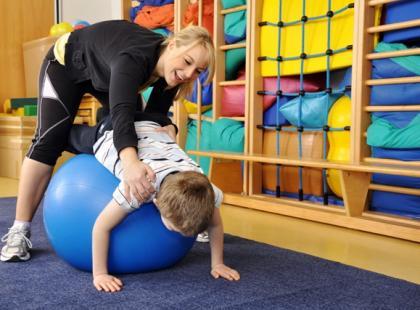 Jak leczyć zaburzenia integracji sensorycznej u dziecka?