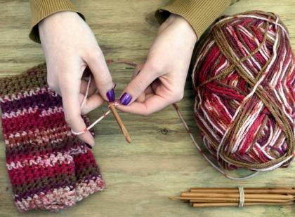 Jak nabierać oczka na druty?