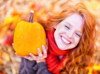 Jak naładować akumulator jesienią?