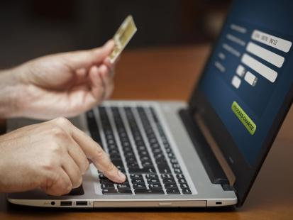 Jak nie dać się oszukać fałszywym sklepom internetowym?