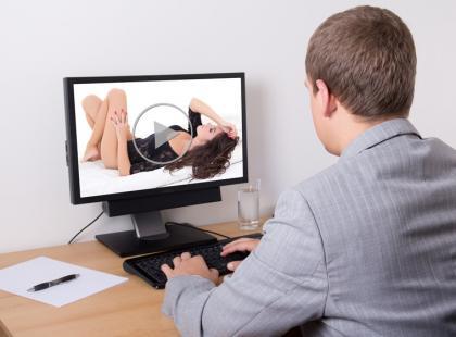 Jak odciągnąć chłopaka od pornografii?