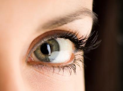 Jak odpowiednio malować oczy?