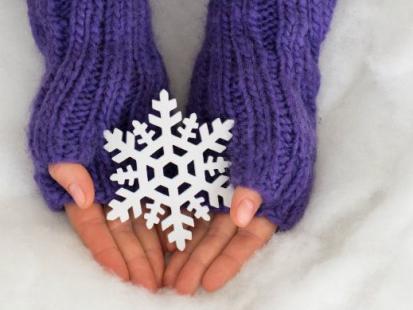 Jak odpowiednio pielęgnować dłonie zimą?