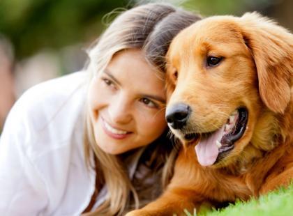 Jak opanować podekscytowanie psa na spacerze?