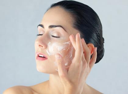 Jak pielęgnować bardzo wrażliwą skórę?