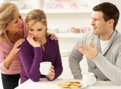 Jak pomóc chorobliwie zazdrosnemu synowi?