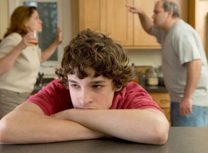 Jak pomóc dziecku przeżyć rozstanie rodziców?