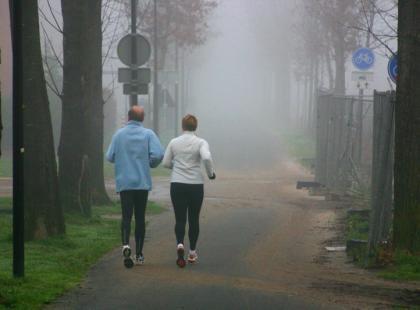 Jak pomoc innej osobie w rozpoczęciu biegania?