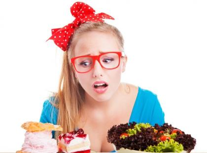 Jak poskromić zwiększony apetyt przed okresem?